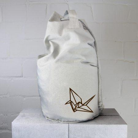 Seesack von Eric Large mit Motiv Origami Vogel braun